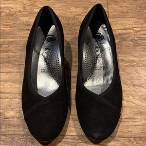 Ombelle black heels